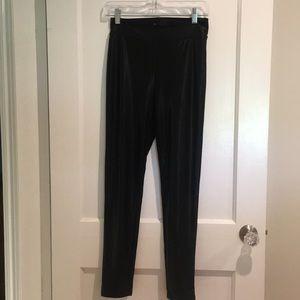 Black liquid leggings